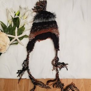 **Steve Madden Funky Knit Hat**